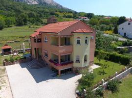 Apartment Medved, hotel near Mount Obzova, Baška