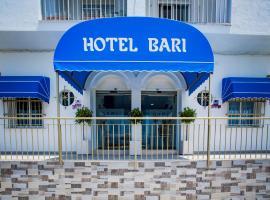 Hotel Bari, hotel near Club de Golf Campano, Conil de la Frontera