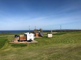 Cabot Trail Vacations RV Cottages, hotel in Chéticamp