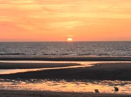 Cabourg, Ouitream, Caen, apartment in Merville-Franceville-Plage