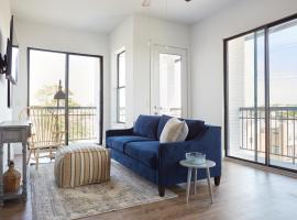 Sonder — The Hampstead, serviced apartment in Houston