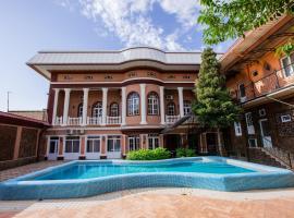 ART House, hotel in Tashkent
