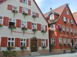 Hotel-Restaurant Goldenes Lamm, hotel in Dinkelsbühl