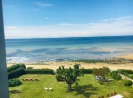 Chambres d'hôtes Les 4 Vents Pointe du Hoc - Landing Beaches, hotel in Grandcamp-Maisy