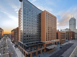 Hyatt House Indianapolis Downtown, hotel near Lucas Oil Stadium, Indianapolis