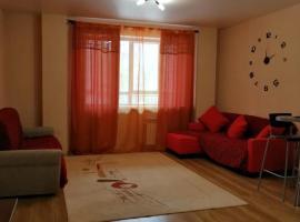 Stylish Apartment in the Quiet Center of Novosibirsk, hotel in Novosibirsk