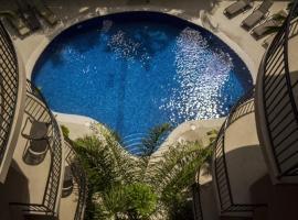 Monaco Condominiums, hotel in Jacó
