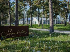 Strandakar Hotell & Restaurang, hotell i Stånga