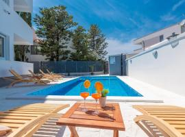 Villa Star 1 a centrally located ap. with a pool, hotel with pools in Novalja