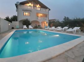 "Apartments""Nika"" with private pool, hotel near Zadar Airport - ZAD,"