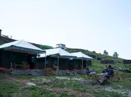 Himalaya Camps, hotel in Sari