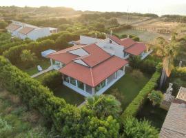 Villa Letizia, casa vacanze a Campofelice di Roccella