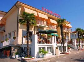 Hotel Casablanca, hotell i Lazise