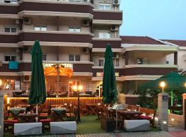Hotel Mena: Budva'da bir otel