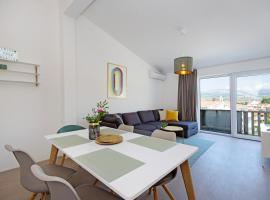 Manuela, luxury hotel in Podstrana