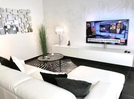 Luxury Suite Koksijde 010 Adult only!, apartment in Koksijde
