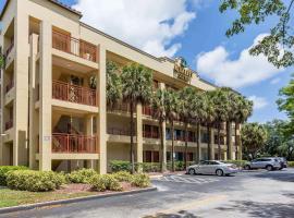 Quality Suites Deerfield Beach, hotel in Deerfield Beach
