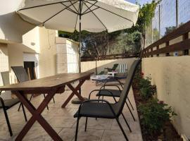 Lovely courtyard - Serenity, hotel near Cretaquarium Thalassocosmos, Gournes