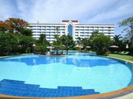 Jomtien Garden Hotel & Resort, отель в городе Джомтьен-Бич