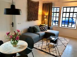 Appartement de Oude School, hotel near Megaland, Heerlen