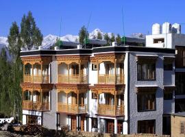 THE TAKSHILA, hotel in Leh