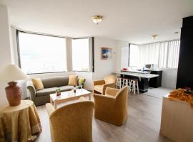 Stanford Suites Hotel, hotel perto de Metade do Mundo, Quito