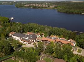 Resort Iksha, hotel near Spas-Kamenka Ski Lift 3, Iksha
