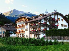 Hotel Montanara, hotel in Predazzo