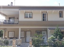 Villa Sofia II, hotel near Saint Spyridon Church, Ipsos