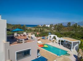 Villa Tropicana, hotel with pools in Agios Nikolaos