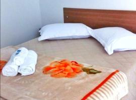 Pousada Bem Estar, guest house in Cambará