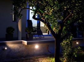 MORE Podgora Luxury Design Apartment, hotel with jacuzzis in Podgora