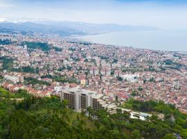 Radisson Blu Hotel Trabzon، فندق في طرابزون