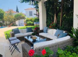 Villa Pitiousa, pet-friendly hotel in Spetses