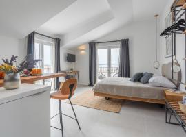 Hvar Top View Apartments, guest house in Hvar
