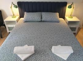 Double Room Njivice 17010a, hotel in Njivice