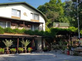 Guest Rooms Flirt, хотел близо до Аладжа Манастир, Златни пясъци