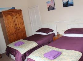 Napier Town House - Self Catering - Key Worker Only, hotel in Workington