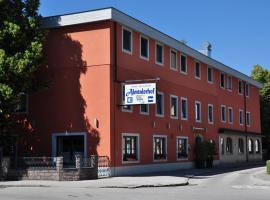 Hotel Almtalerhof, hotel v Linci