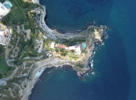 Punta Chiarito Resort & Apartments, hotel in Ischia