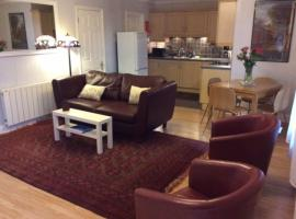 Stansted spacious 2-bed apartment, easy access to Stansted Airport & London, hotel a Stansted Mountfitchet