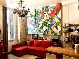 Appartements La Croix, self catering accommodation in Avignon