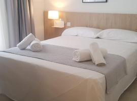 Hotel Victori, budget hotel in Es Castell