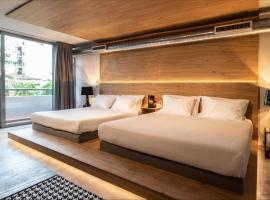 Bespoke House Athens, serviced apartment in Athens