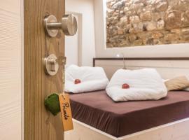 Hotel La Sorgente, hotel in Tesero