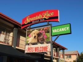 Spanish Lace Motor Inn, motel in Townsville