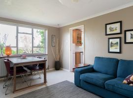 Henley self catering House, hotel in Henley on Thames