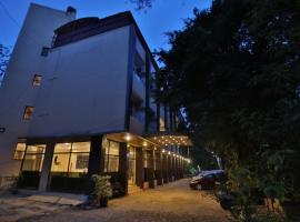 Retreat Heritage, hotel in Lonavala
