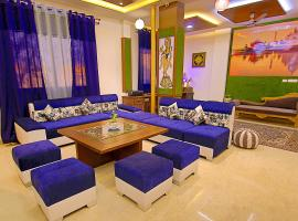 The Hideout Agra - Boutique Homestay, family hotel in Agra