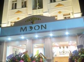 MOON HOTEL, hotel in Quảng Ngãi